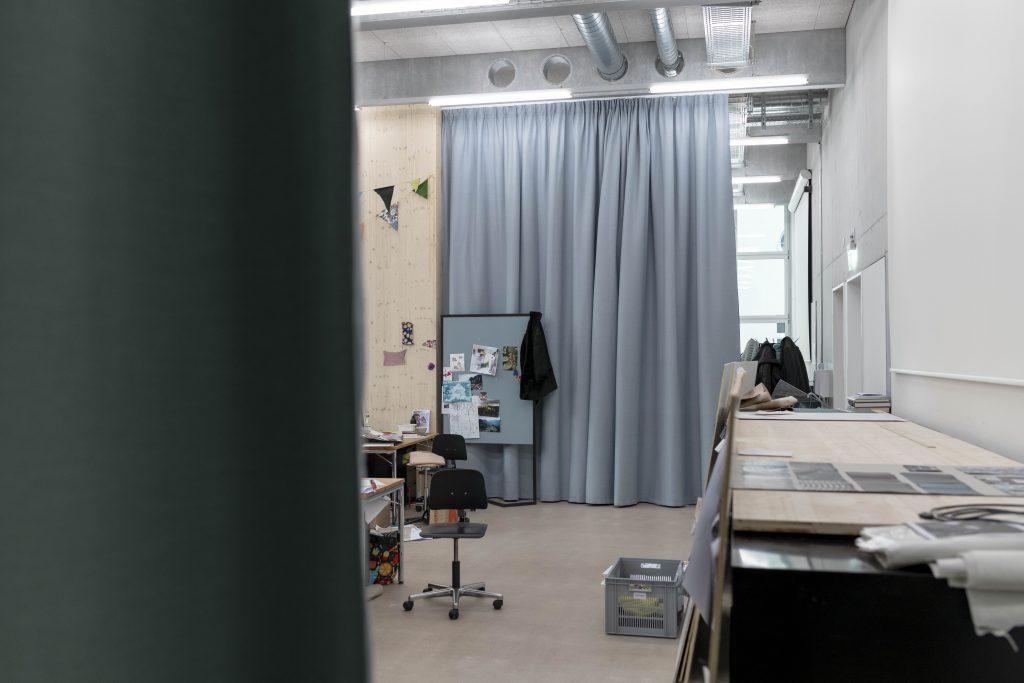 Scheuber AG Innenarchitektur Hochschule Luzern Textildesign Akustik Vorhang Création Baumann
